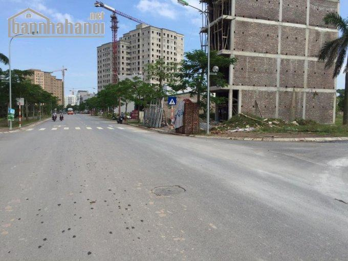 Bán đất mặt phố Phúc Lợi 400m2 MT:12m giá 30tỷ