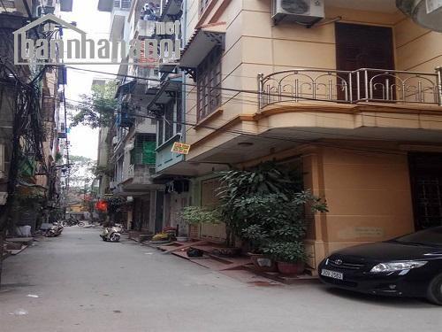 Bán nhà chia lô Trần Quốc Hoàn 52m2x5T lô góc giá 11,5tỷ